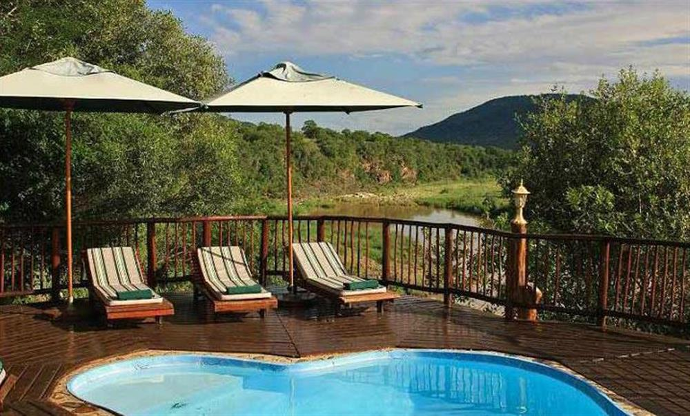 Mkuzi Falls Lodge